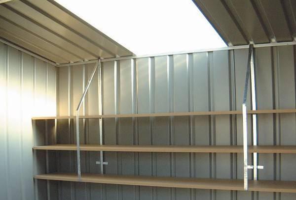 Shelf brackets and shelves